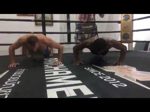 Buakaw clinch training