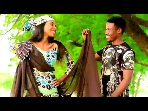 Download UMAR M. SHARIF LATEST HAUSA AUDIO SONG  (KIYI MIN UZURI MASOYIYA) Ft MARYAM BOOTH 2020 LOVE SONG
