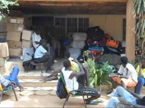 201102 AS Container Sport materiaal voor Niger.wmv