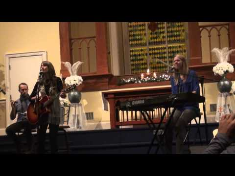 the-sonflowerz---hallelujah-to-the-king--33miles-christmas-concert-in-ny-2013