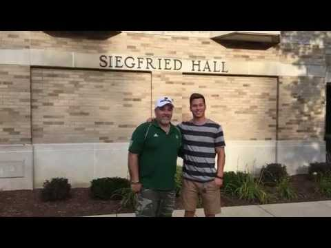 Moving Into the Dorm | Notre Dame