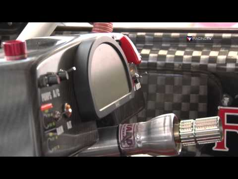 Go Down Under With The V8 Supercar Series - MotorsTV