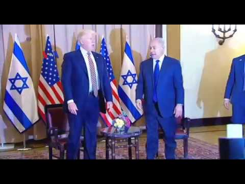 Presiden Trump di Israel Desak Perdamaian...