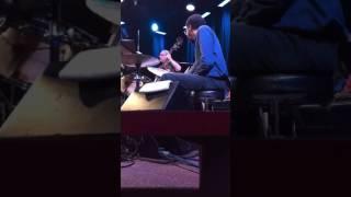 "Brian Blade drum solo ""Matrix"" w/Chick Corea & Eddie Gomez @ Kuumbwa (Vertical vid.)"
