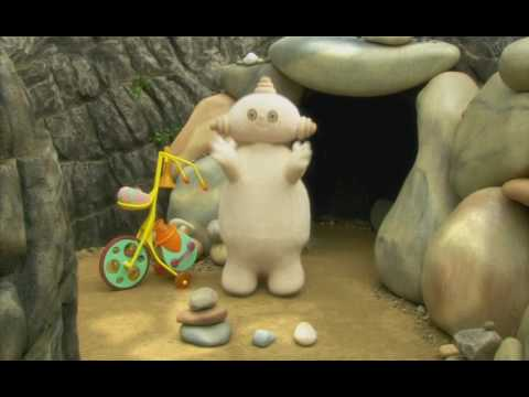Makka Pakka Song - In The Night Garden