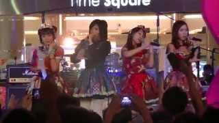 Lumina Scarlet sing Romantic Ukare Mode Cover at Summarecon Mal Bek...