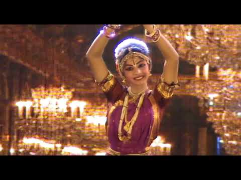 Indian Classical Dance performance by beautiful girl - Breathless