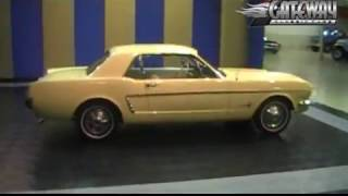 1964 1/2 Ford Mustang for sale at Gateway Classic Cars in IL.