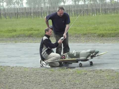 spitfire rc maxi engine off