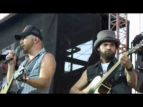 Locash Cowboys in Greeley, CO 2014 singing Drunk Girl