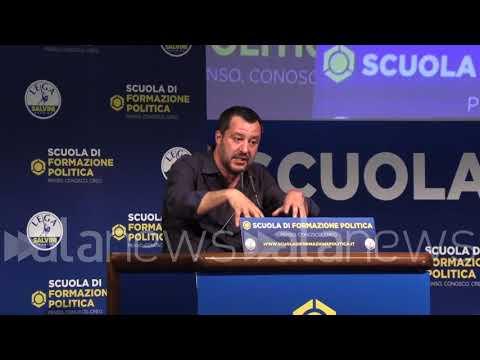 Salvini si scaglia contro Repubblica, Corriere e la Cirinnà