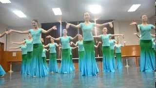 2012 Beijing Dance Academy Chinese Folk Dance Exam part 1 (Girls Dai Dance)