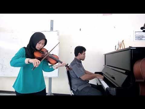 Ketika Cinta Bertasbih - Melly feat Amee (Piano & Violin Cover)