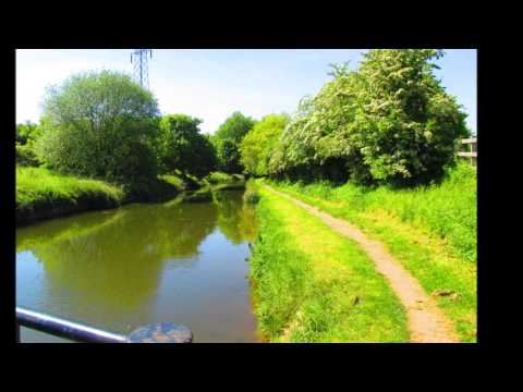 West Stockwith to Chesterfield canal basin, full journey in pictures, with relaxing backing music.