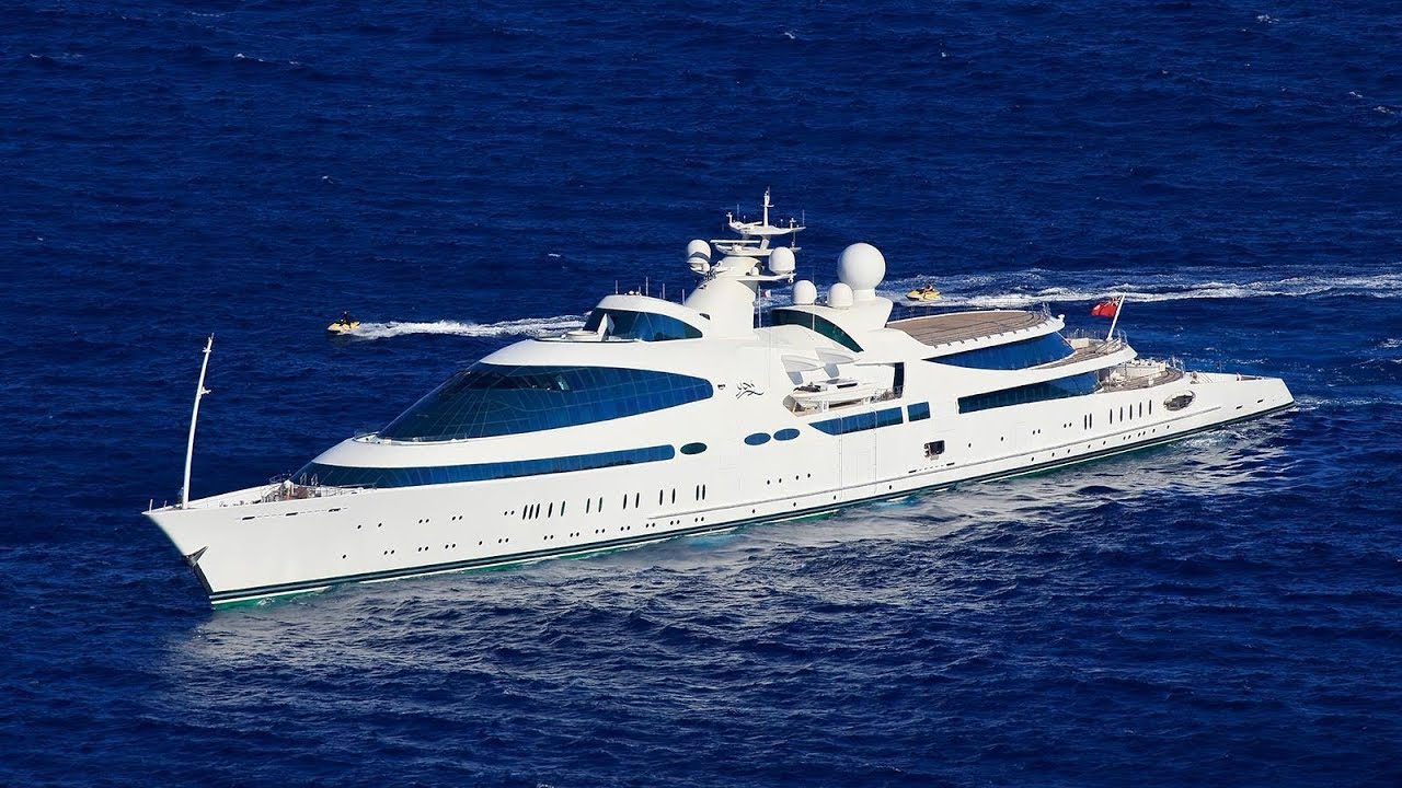The Striking And Fast Superyacht 'Yaz' Was Born From A 40