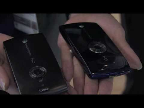 Sony Ericsson Vivaz and Vivaz Pro comparison