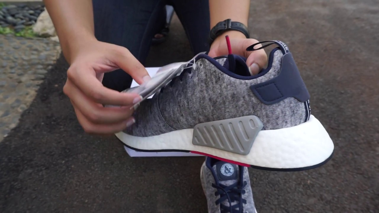 a8eee63bc Adidas NMD R2 x United Arrows   Sons View Only - YouTube