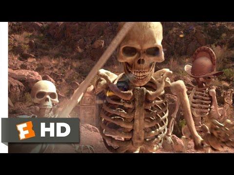 Spy Kids 2: Island of Lost Dreams (2002) - Skeleton Battle Scene (8/10) | Movieclips