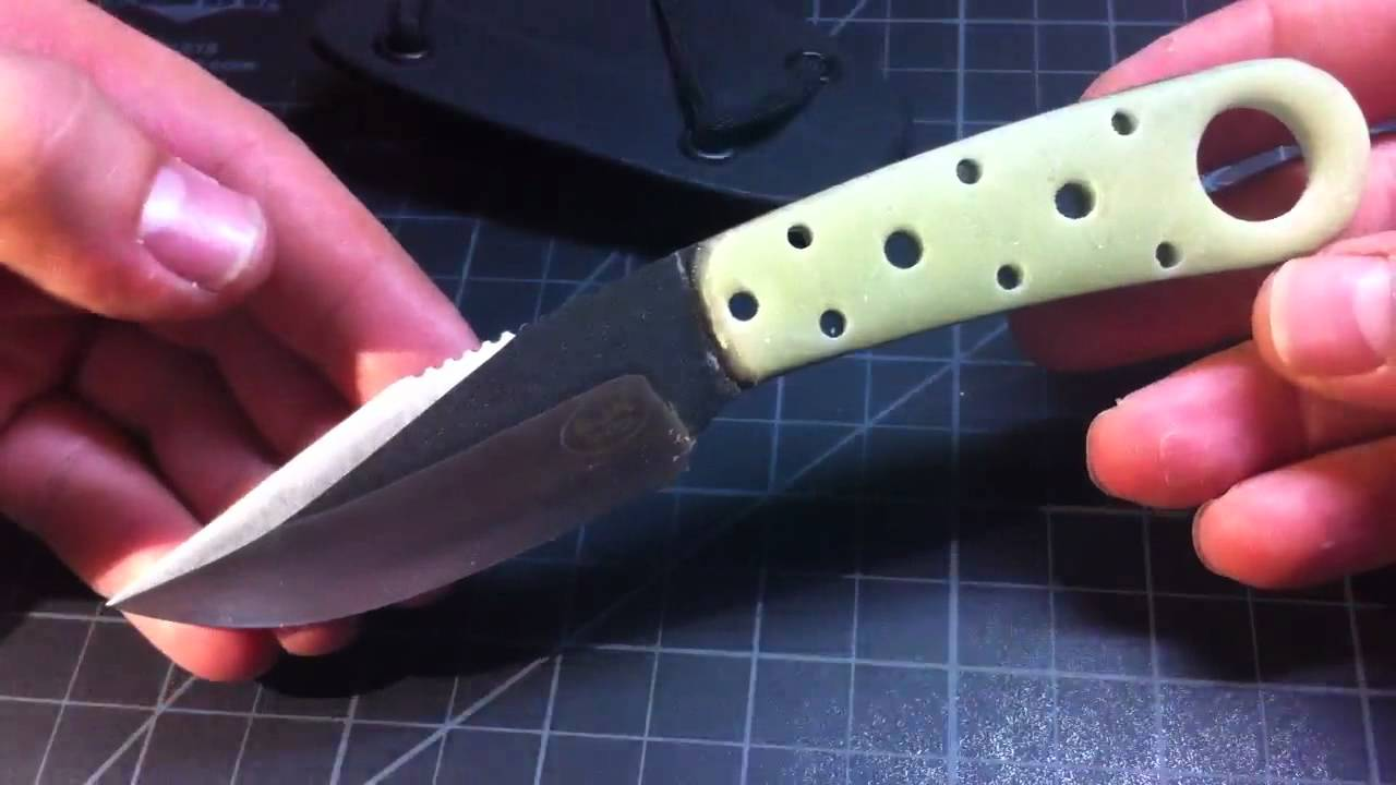 Blackjack necker knife