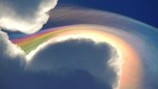 OH MY GOD FIRE HAARP UFO RAINBOW! BLOWS Tourist AWAY! 2015