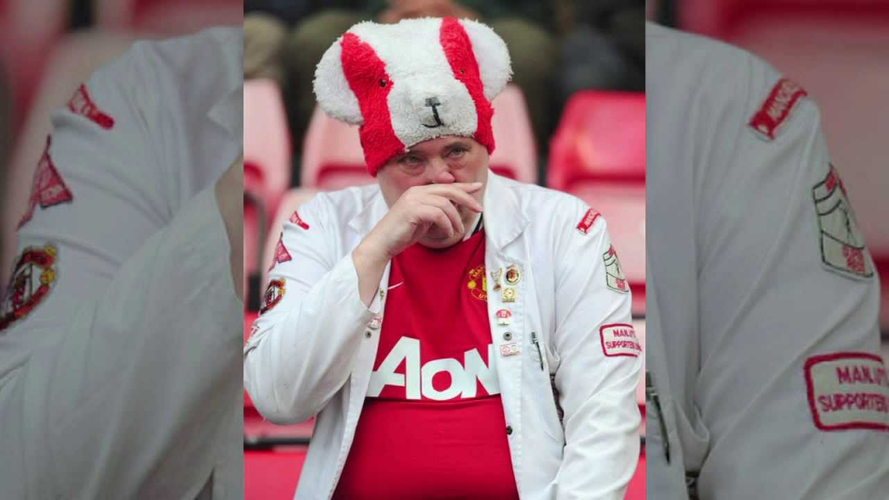 United Fans Crying Man United Fan Nearly Cries on