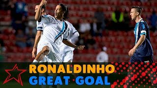 Ronaldinho great goal - America Stars vs Europe Stars