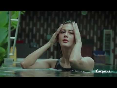 Sensual Swiming with PAULA VERHOEVEN