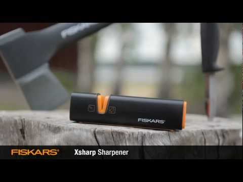 How to sharpen your axe and knife blades with Fiskars Xsharp™ Axe and Knife Sharpener 120740