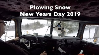 Plowing Snow~New Years Day 2019