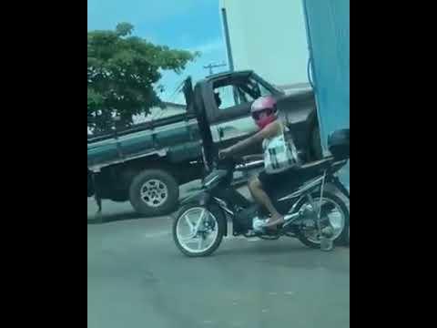 6bc745872 moto de rodinhas - YouTube