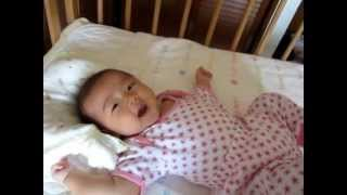 Download Video Japanese baby try to speak. MP3 3GP MP4