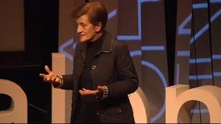 Aporofobia, el miedo a las personas pobres  | Adela Cortina | TEDxUPValència