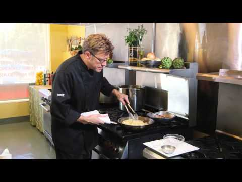 How To Make Fettuccine Alfredo With Chef Eric Crowley -Chef Eric's Culinary Classroom In Los Angeles