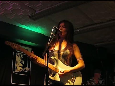 Susan Santos at the BLUES AAN ZEE festival in Monster