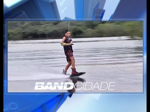 Jovem indígena sonha com sucesso no Wakeboard e busca patrocínio