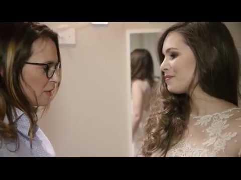 Chronique conseils mariage par Marine Wedd's N°1 Robe de mariée et mise en beauté