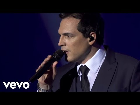 Daniel Boaventura - Can't Take My Eyes Off You