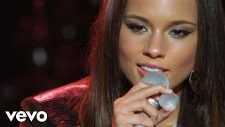 Download Alicia Keys - Try Sleeping With A Broken Heart (Live at NYU Yahoo Pepsi Smash) MP3 song and Music Video