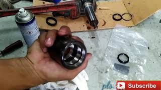 cylinder lift hydraulic oil leaks repairing (forklift)