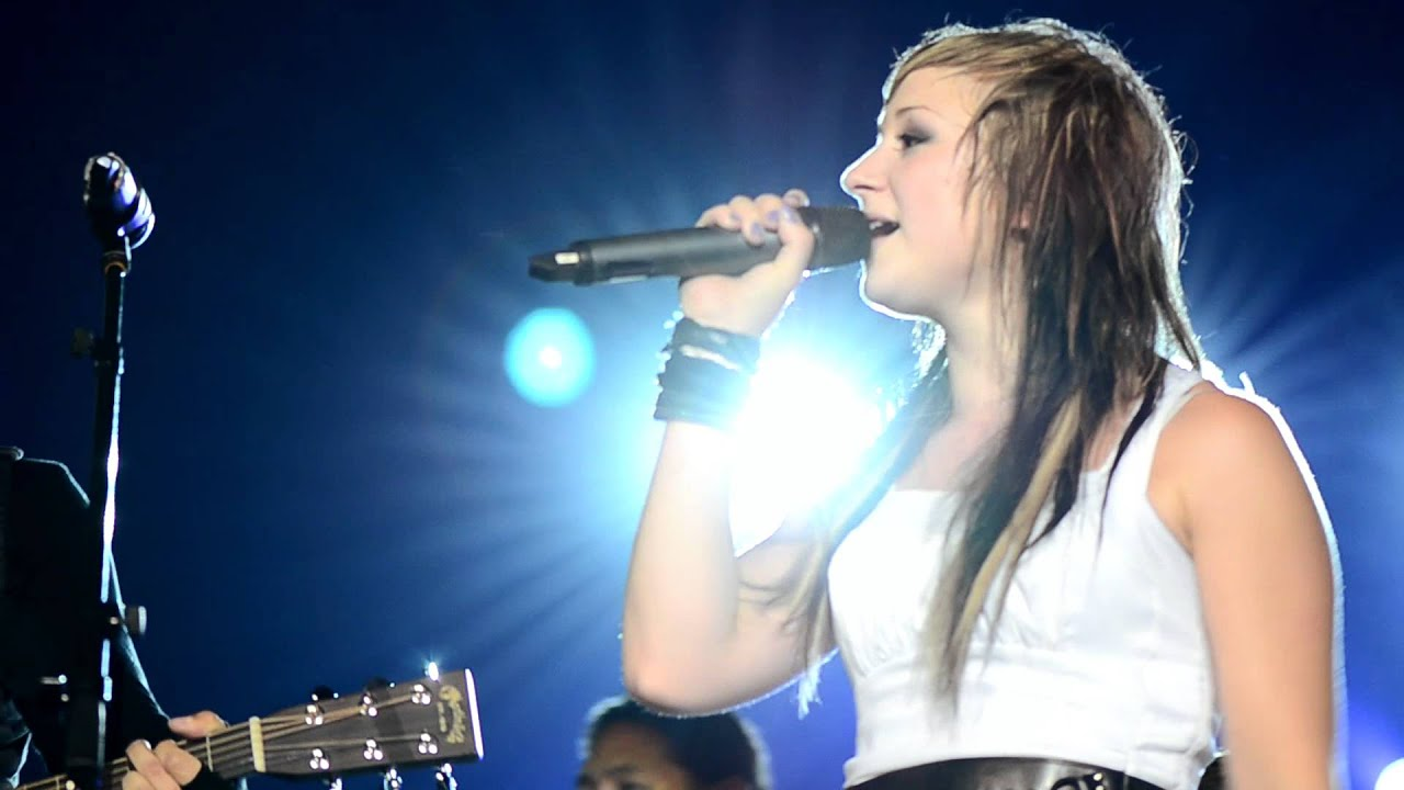 Jen Ledger Cute Wallpaper Skillet Yours To Hold Hd Youtube