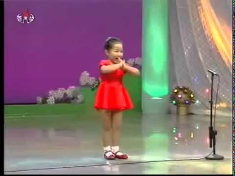 La petite fille chanteuse de chine
