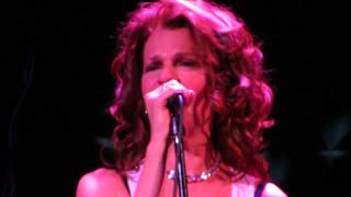 Sandra Bernhard Sandyland at Joe