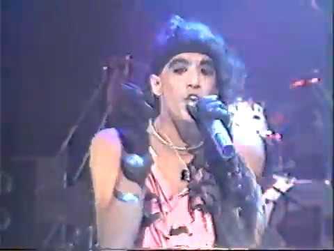 Ratt - You're in Love - Japan 1986