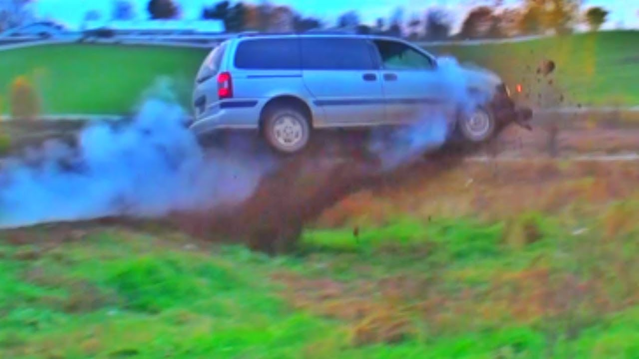 Mini Van Huge Jump Youtube