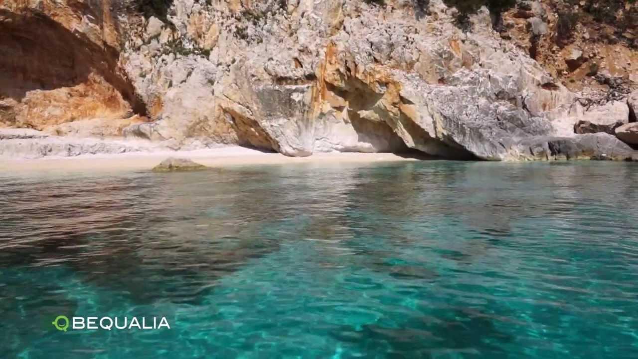 Sardegna le piscine di venere golfo di orosei youtube for Les piscines