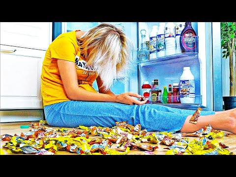 LIFE IS HARD WHEN YOU ARE ON A DIET || Life Situations You've Definitely Been In