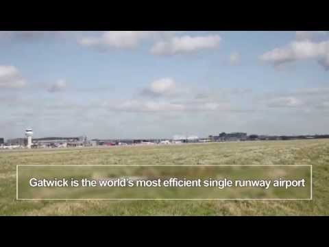 Time lapse of London Gatwick, the world's most efficient single runway airport