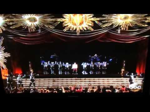Michael Jackson 2014 Billboard Music Awards Performance