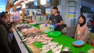 永安漁港#海鮮叫賣#叫賣姐#叫賣哥#水產#seafood #拍賣漁貨#海鮮拍賣#永...