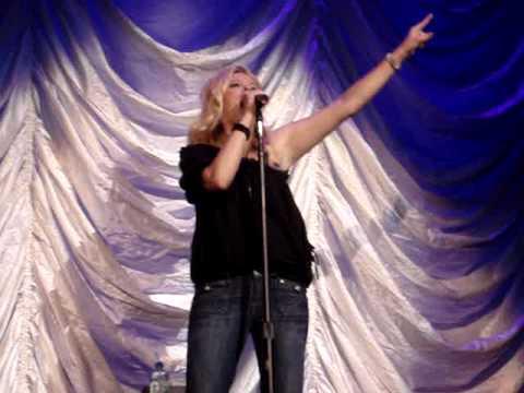 Melissa Peterman - Karaoke: Two Worlds Two Voices Tour @ Edmonton, Alberta